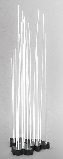 Lámpara Reeds, Varillas de fibra que se iluminan desde una base irregular y componible creando un paisaje luminoso, Artemide, Klaus Begasse, Oferta Artemide