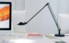 lampara Berenice sobremesa LED Luceplan negra. Berenice LED viene con una nueva fuente de luz de alta eficiencia LED 8W capaz de proporcionar iluminación extraordinaria con un gran ahorro de energía