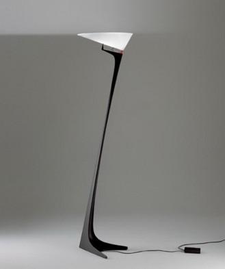 Lámpara Montjuic Artemide del arquitecto Santiago Calatrava