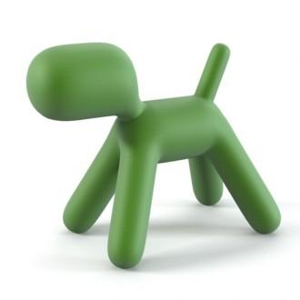 Perrito Puppy, figura de compañía para toda la familia, diseño de Eero Aarnio en polipropileno en cuatro colores, resistente y muy decorativo, en interior y exterior.