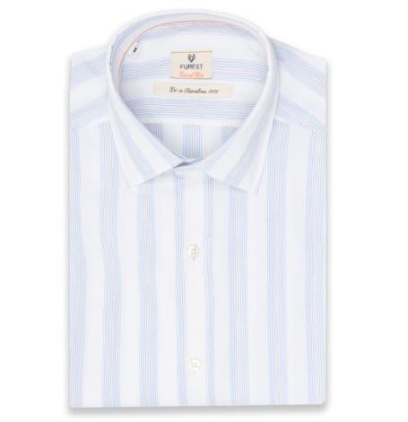 Camisa Casual Wear SLIM FIT modelo PORTO fondo blanco rayas azules, 100% Algodón.