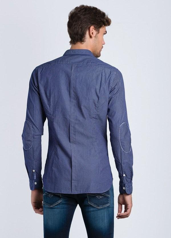 Camisa sport dibujo SLIM FIT con pliegue en espalda y coderas, color azul tinta, 100% Algodón. - Ítem1