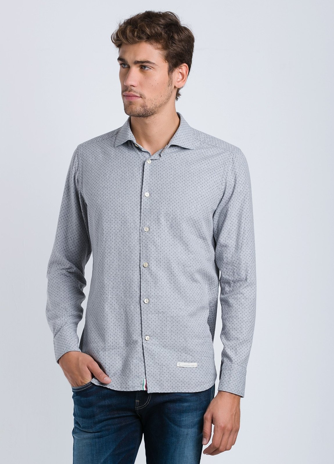Camisa sport dibujo SLIM FIT color gris, 100% Algodón.