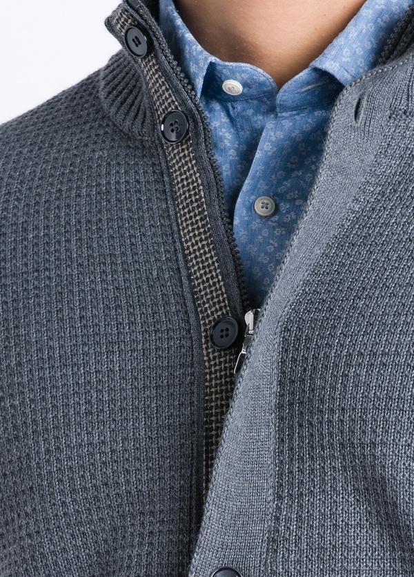 Cárdigan cremallera y botones con tapeta contrastada color gris. - Ítem2