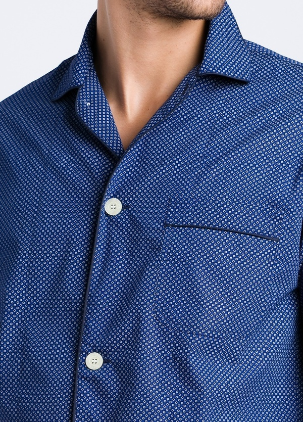 Pijama LARGO dos piezas, pantalón largo con cinta no elástica y funda incluida, color azul con estampado topos, 100% Algodón. - Ítem1