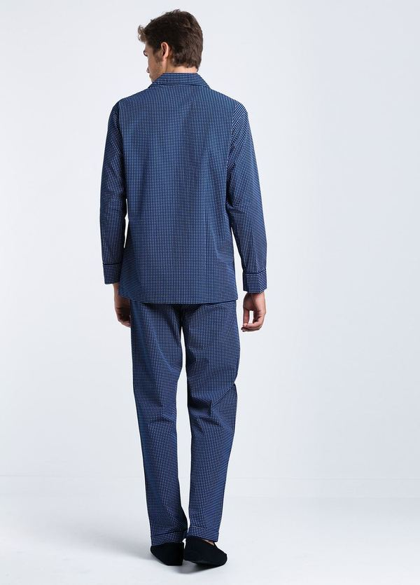 Pijama LARGO dos piezas, pantalón largo con cinta no elástica y funda incluida, color azul con estampado topos, 100% Algodón. - Ítem3