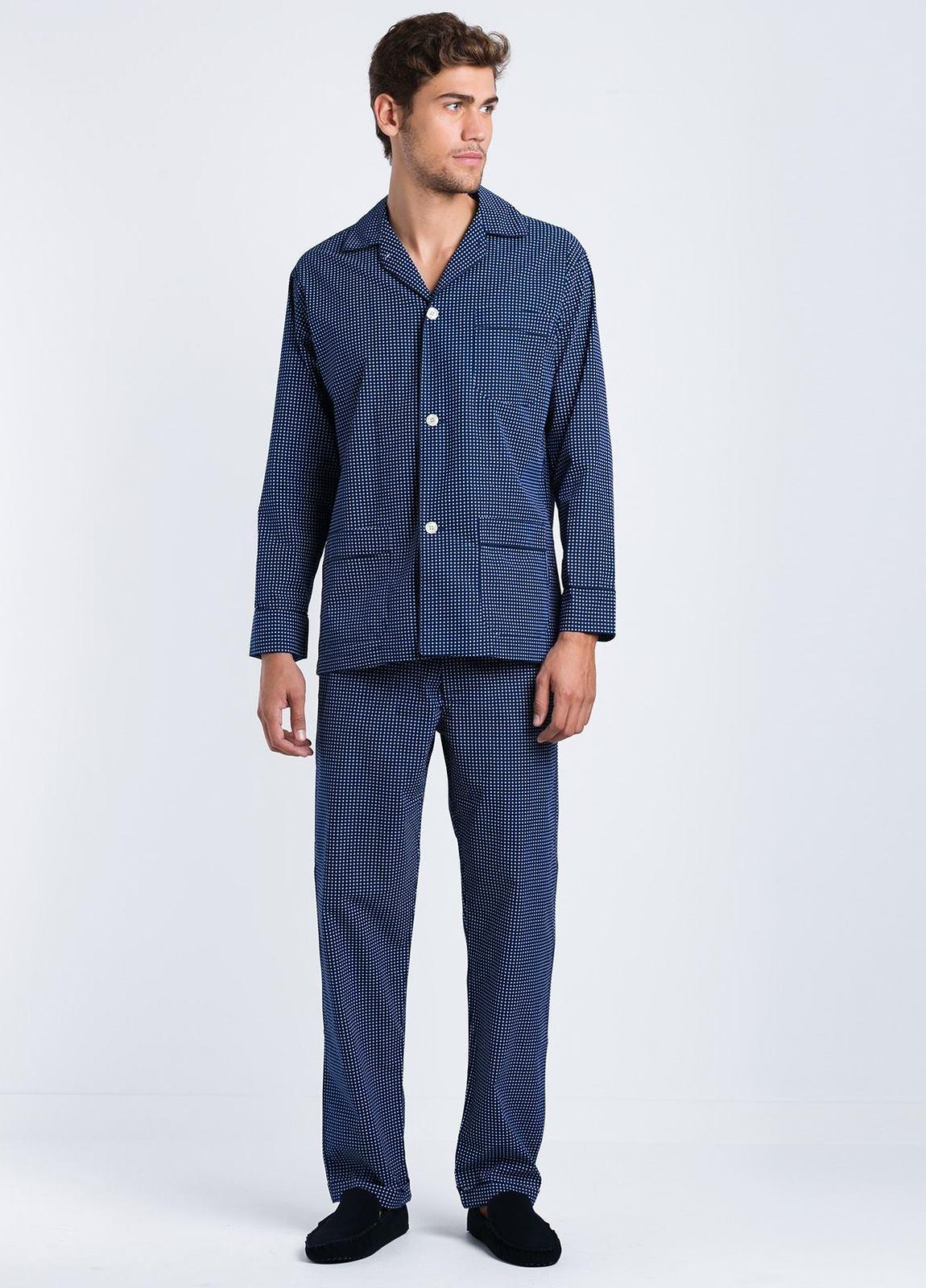 Pijama LARGO dos piezas, pantalón largo con cinta no elástica y funda incluida, color azul con estampado topos, 100% Algodón.