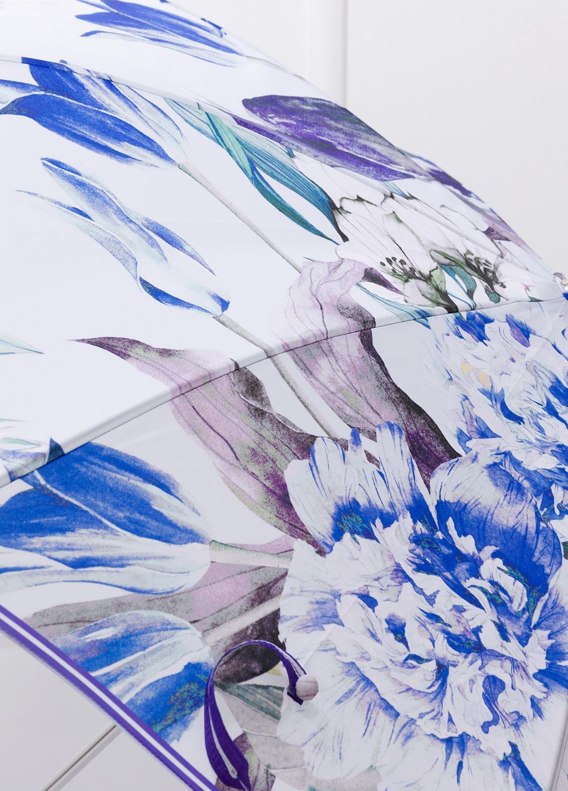 Paraguas con estampado floral color azul y puño transparente. - Ítem1