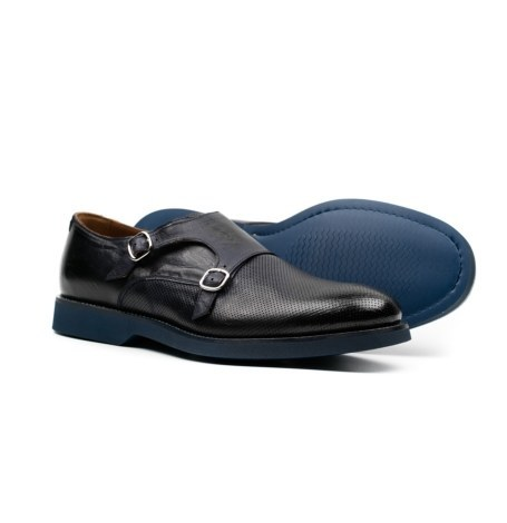 Zapato color azul marino con doble hebilla y combinación de piel lisa y piel perforada. - Ítem2