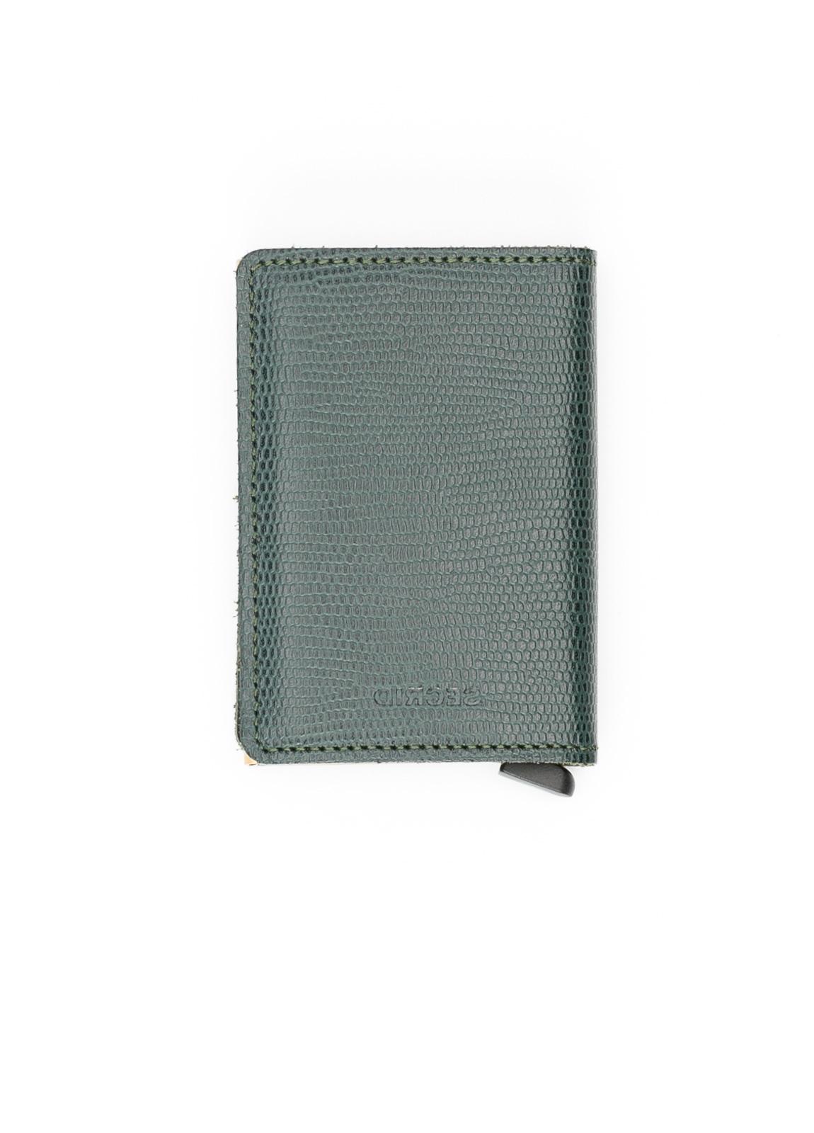 Secrid slim wallet color verde, con cardprotector de aluminio ultrafino.