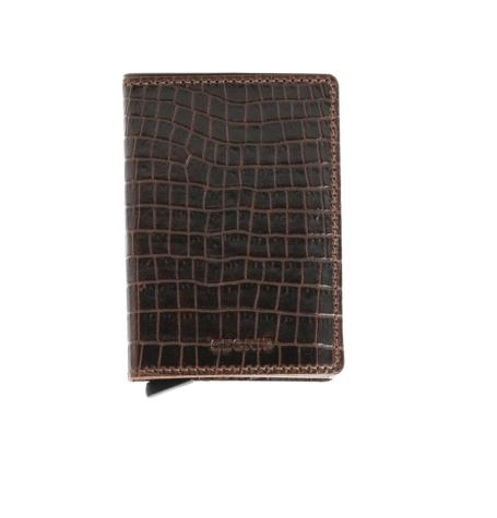 Secrid slim wallet piel grabada color marrón, con cardprotector de aluminio ultrafino.