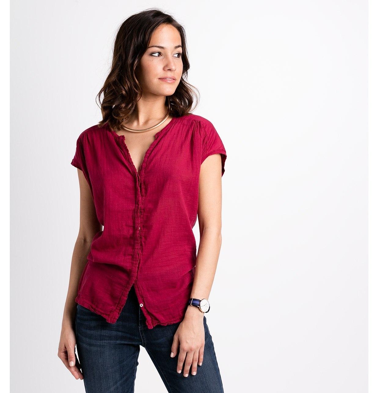 Blusa manga corta modelo TIMOR Doble tela color fresa, 100% algodón