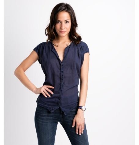 Blusa manga corta modelo TIMOR Doble tela color azul marino, 100% algodón