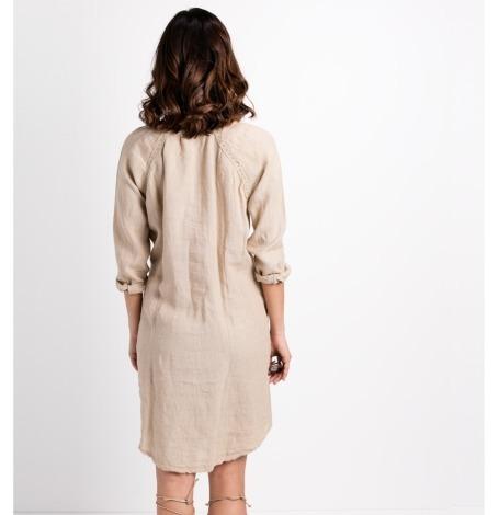 Vestido camisero oversize modelo EPOS color beige, 100% lino. - Ítem1