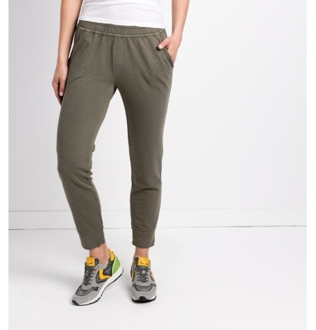 Pantalón soft woman modelo FRANKLIN PANT color kaki.