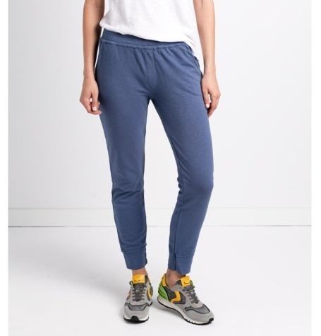 Pantalón soft woman modelo FRANKLIN PANT color azul.