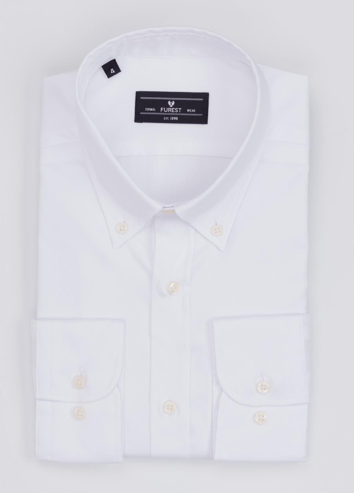 Camisa Formal Wear REGULAR FIT modelo BOTTON DOWN color blanco. 100% Algodón.
