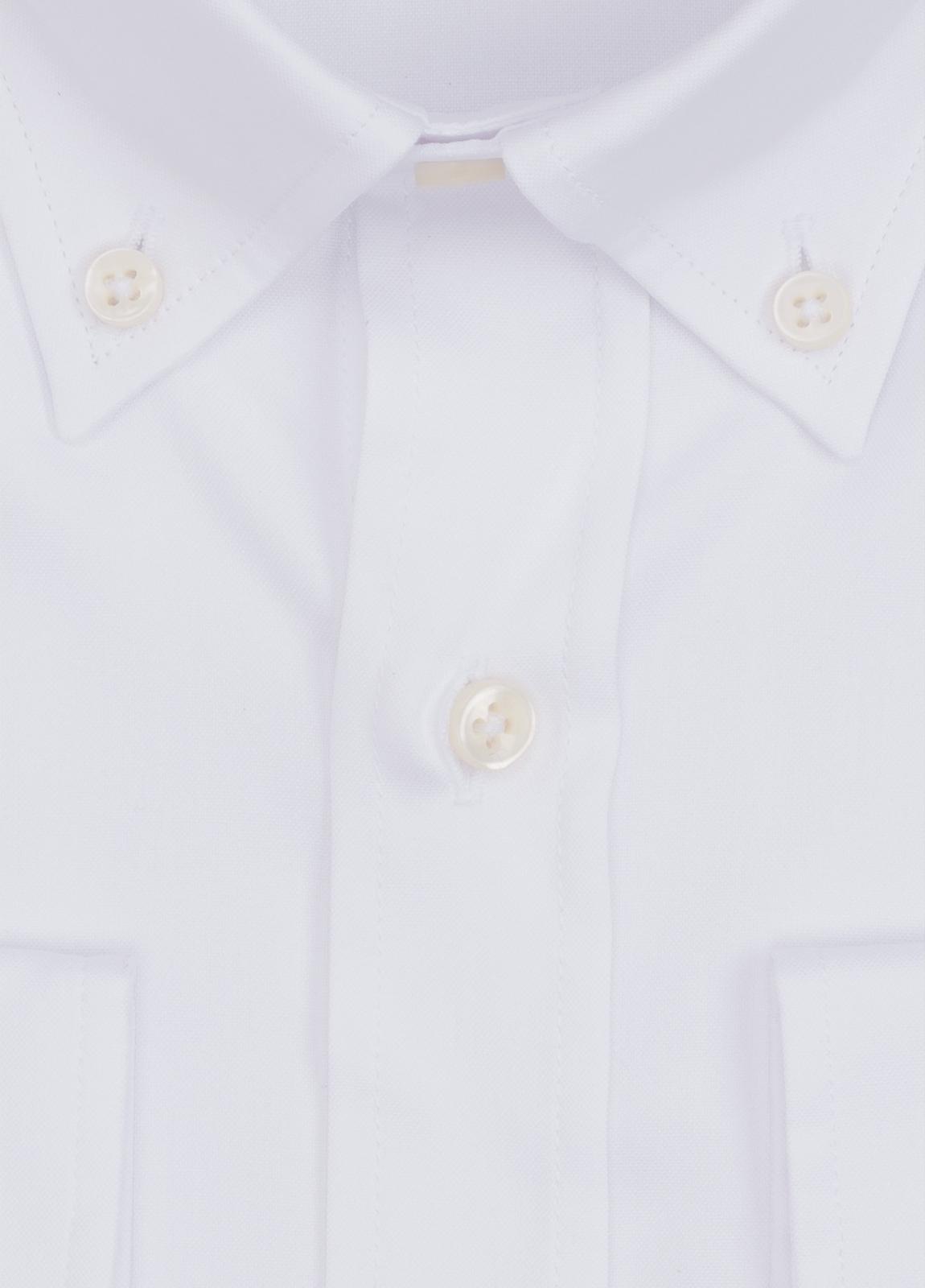 Camisa Formal Wear REGULAR FIT modelo BOTTON DOWN color blanco. 100% Algodón. - Ítem1