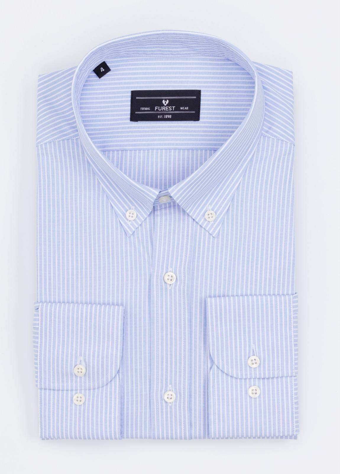 Camisa Formal Wear REGULAR FIT modelo BOTTON DOWN con diseño de rayas color azul. 100% Algodón.