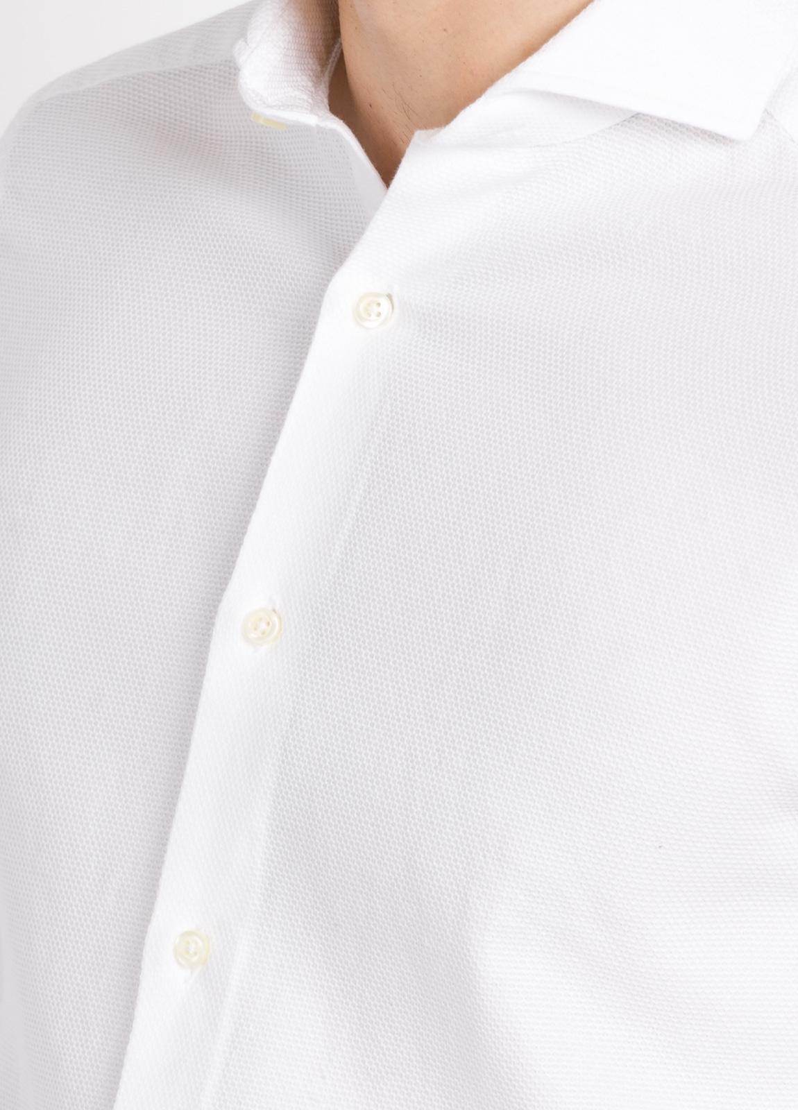 Camisa Leisure Wear SLIM FIT Modelo CAPRI color blanco nido de abeja. 100% Algodón. - Ítem2