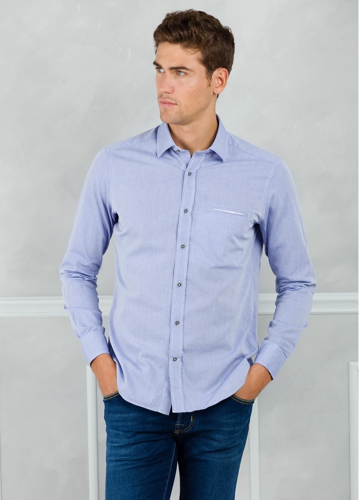Camisa Leisure Wear REGULAR FIT modelo PORTO microdibujo color azul. 100% Algodón.