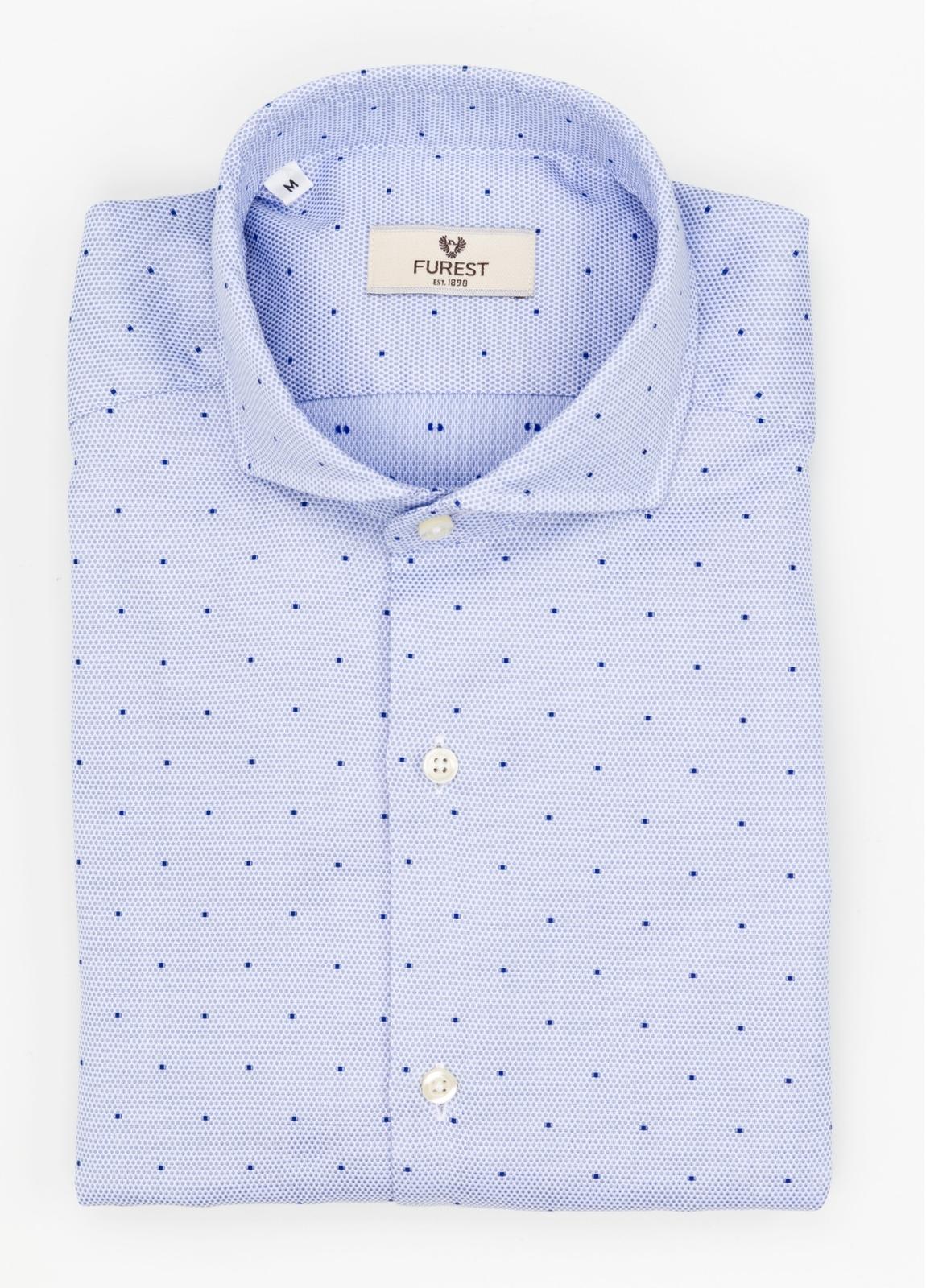 Camisa Leisure Wear SLIM FIT Modelo CAPRI color celeste con microdibujo. 100% Algodón.