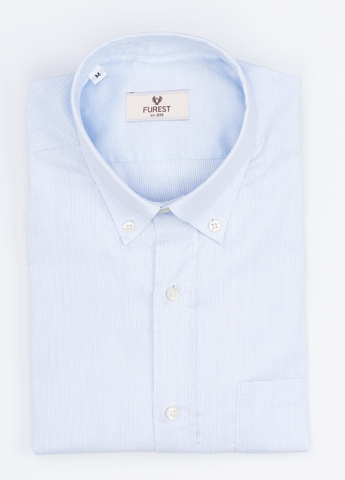 Camisa Leisure Wear REGULAR FIT Modelo BOTTON DOWN color celeste. 100% Algodón. - Ítem3