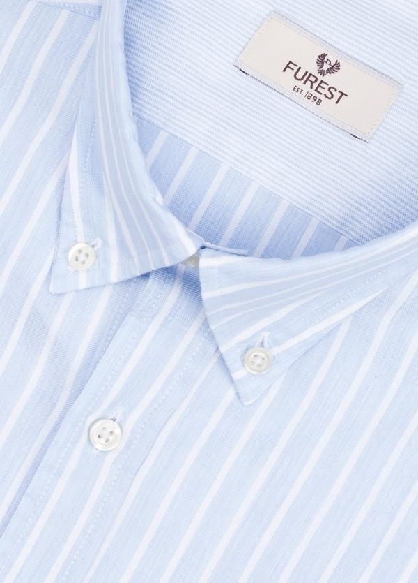 Camisa Leisure Wear REGULAR FIT Modelo BOTTON DOWN de rayas, color celeste. 100% Algodón. - Ítem3