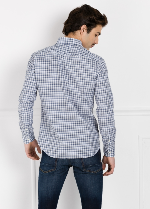 Camisa Leisure Wear REGULAR FIT Modelo BOTTON DOWN cuadros color gris y azul. 100% Algodón. - Ítem1