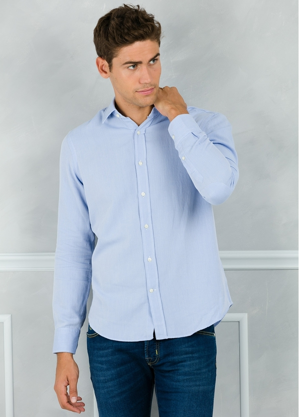 Camisa Leisure Wear REGULAR FIT modelo PORTO color azul. 100% Algodón.
