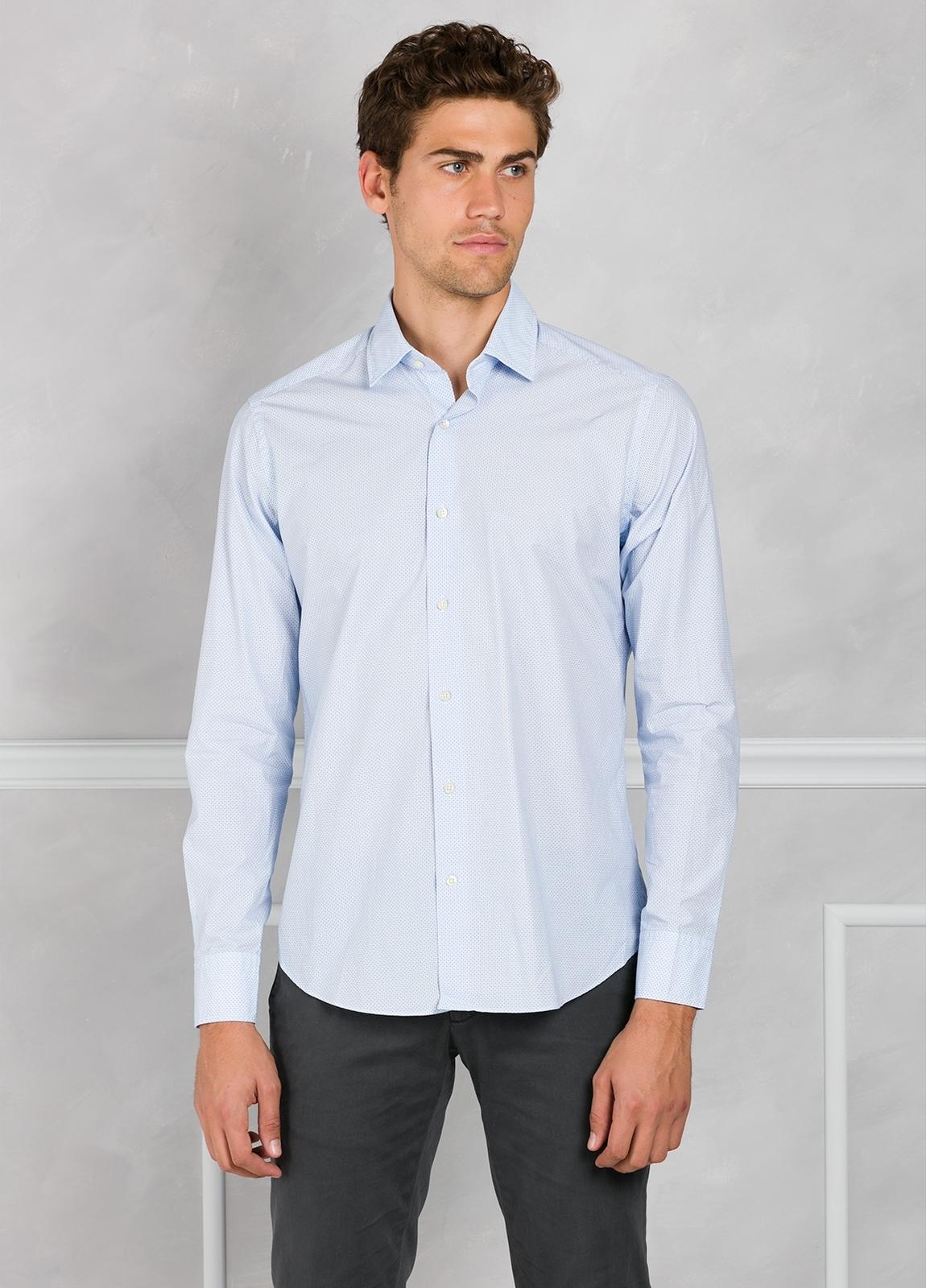 Camisa Leisure Wear REGULAR FIT modelo PORTO microdibujo color azul. 100% Algodón. - Ítem3