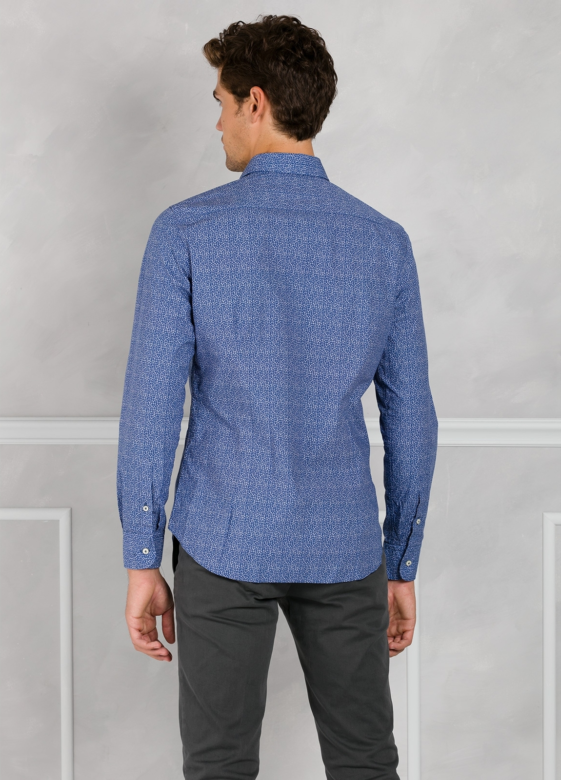 Camisa Leisure Wear SLIM FIT modelo PORTO micro dibujo color azul. 100% Algodón. - Ítem1