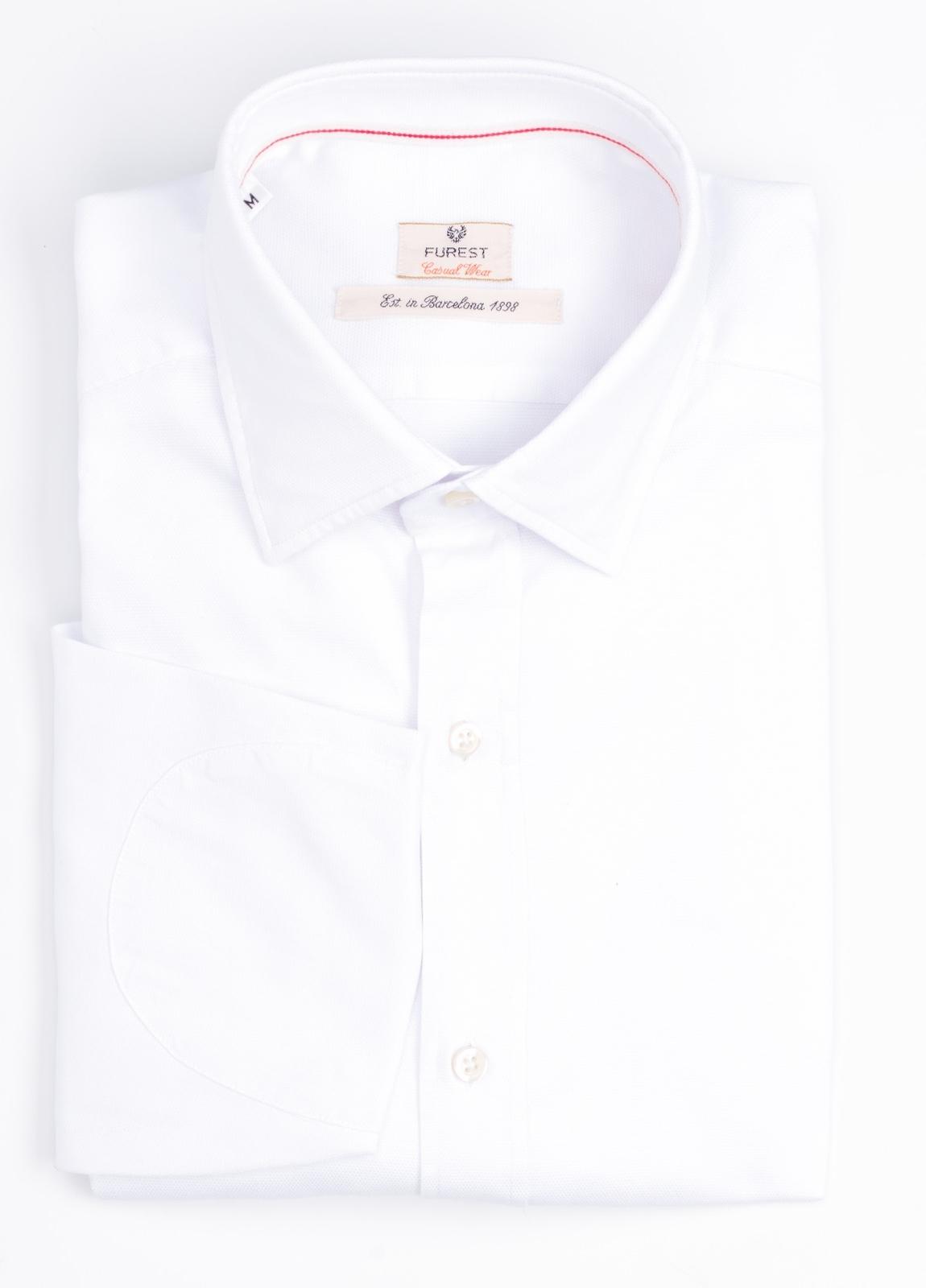 Camisa Casual Wear SLIM FIT Modelo PORTO micro grabado color blanco. 100% Algodón.