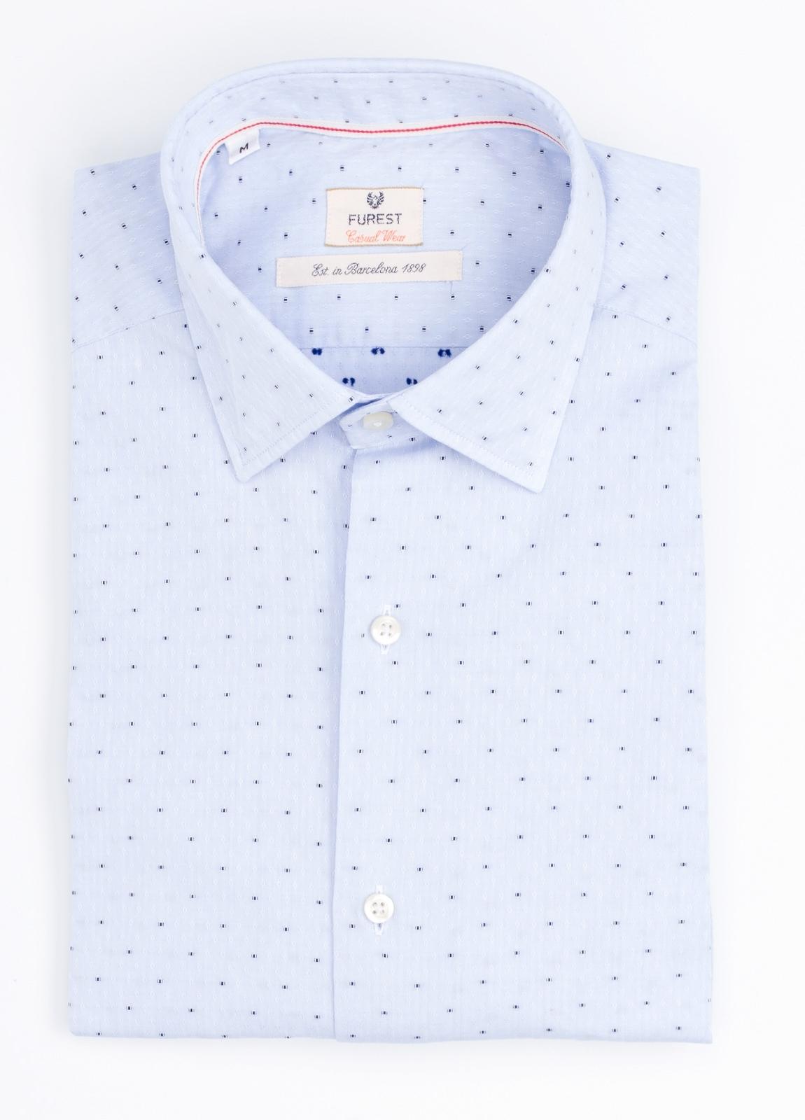 Camisa Casual Wear SLIM FIT Modelo PORTO microdibujo color celeste.100% Algodón.