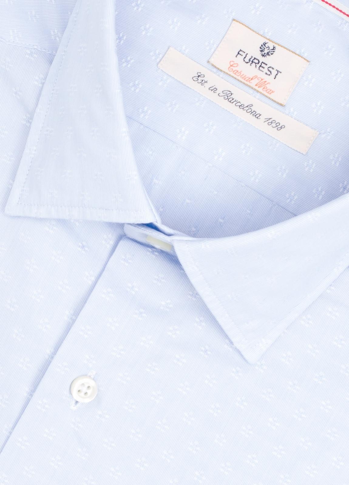 Camisa Casual Wear SLIM FIT Modelo PORTO micrograbado color celeste.100% Algodón. - Ítem1