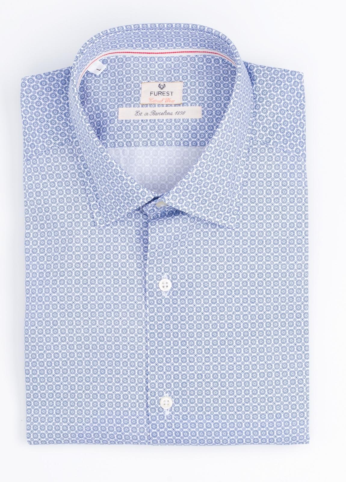 Camisa Casual Wear SLIM FIT Modelo PORTO estampado geométrico color azul.100% Algodón.