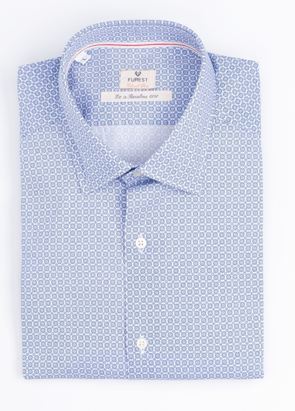 Camisa Casual Wear SLIM FIT Modelo PORTO estampado geométrico color azul.100% Algodón.