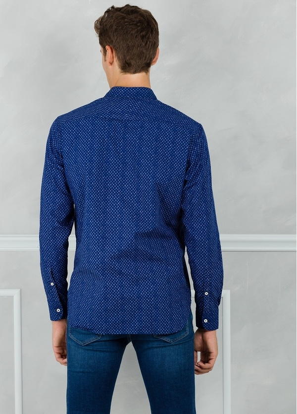 Camisa sport modelo EDDI micro dibujo azul. 100% Algodón lavado. - Ítem2