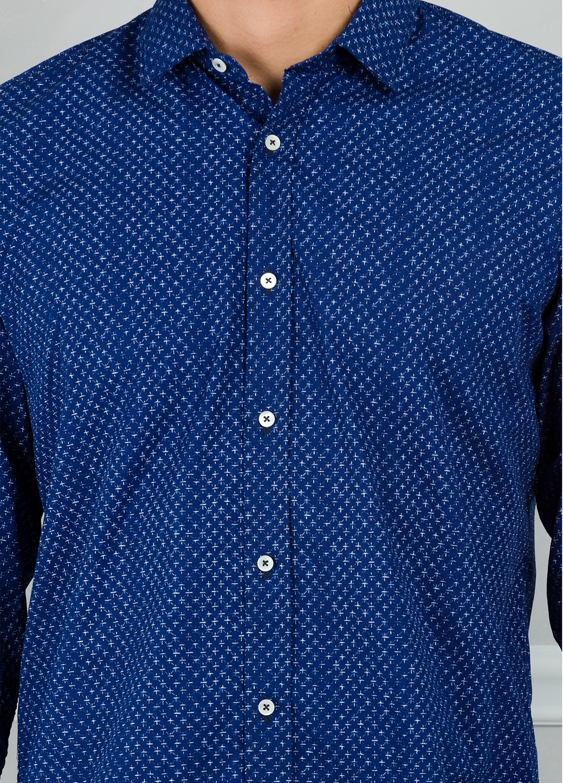 Camisa sport modelo EDDI micro dibujo azul. 100% Algodón lavado. - Ítem1