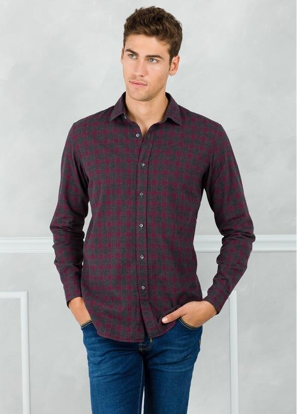Camisa sport modelo EDDI cuadros color gris y granate, 100% Algodón.