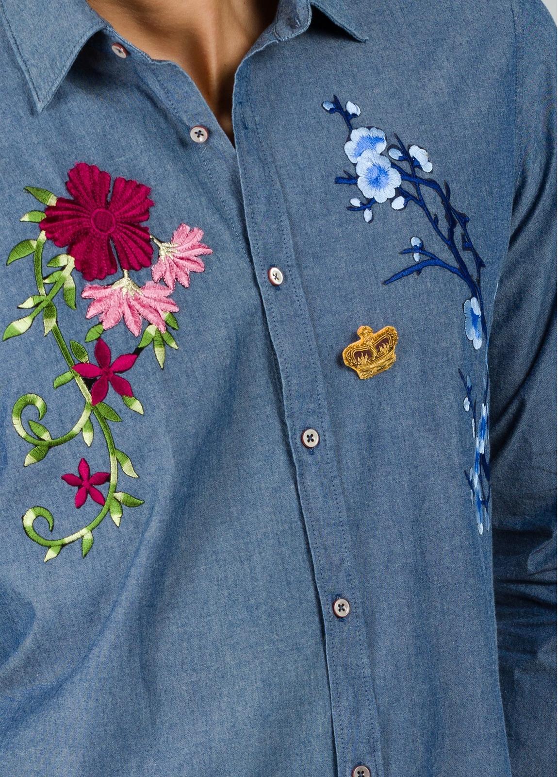 Camisa sport modelo PATCH con bordado en pecho, color azul. 100% Algodón lavado. - Ítem2