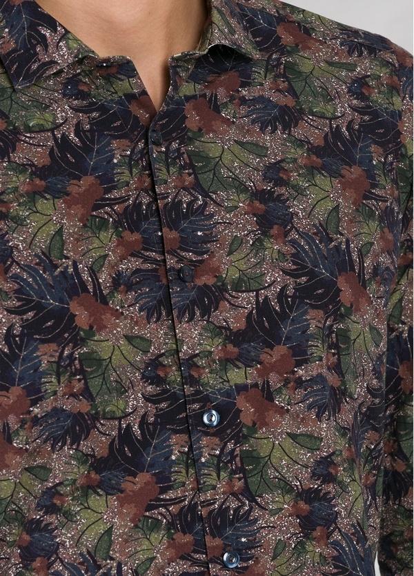 Camisa sport SLIM FIT con estampado de hojas color marrón. 100% Algodón. 100% Algodón. - Ítem1
