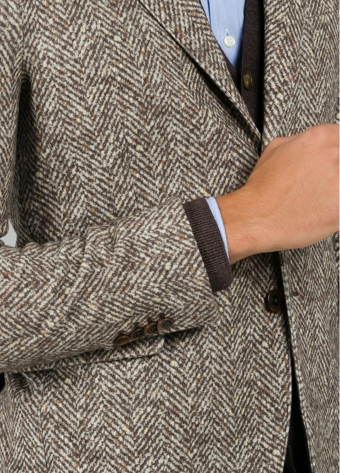 Americana soft 2 botones SLIM FIT diseño espiga color beige. Doble felpa. - Ítem4