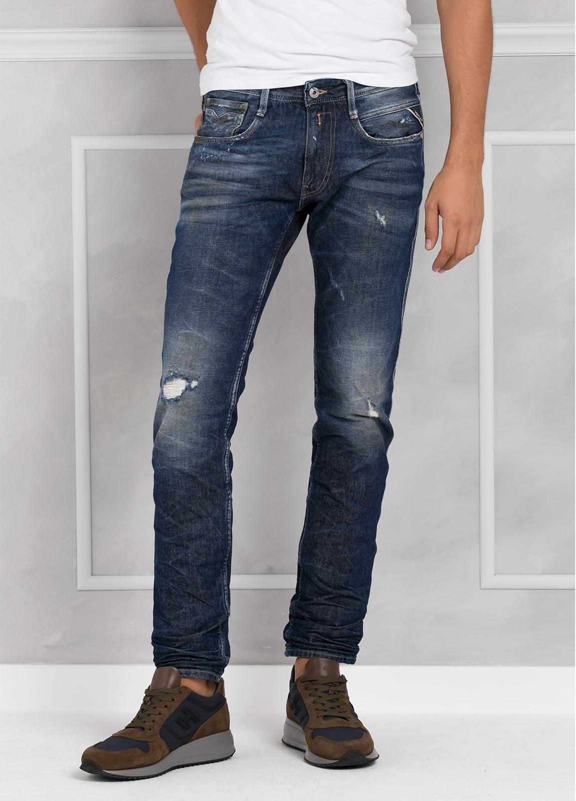 Pantalón tejano 13 oz SLIM M914 AMBAS color azul medio lavado. 99% Algodón 1% Elastán.