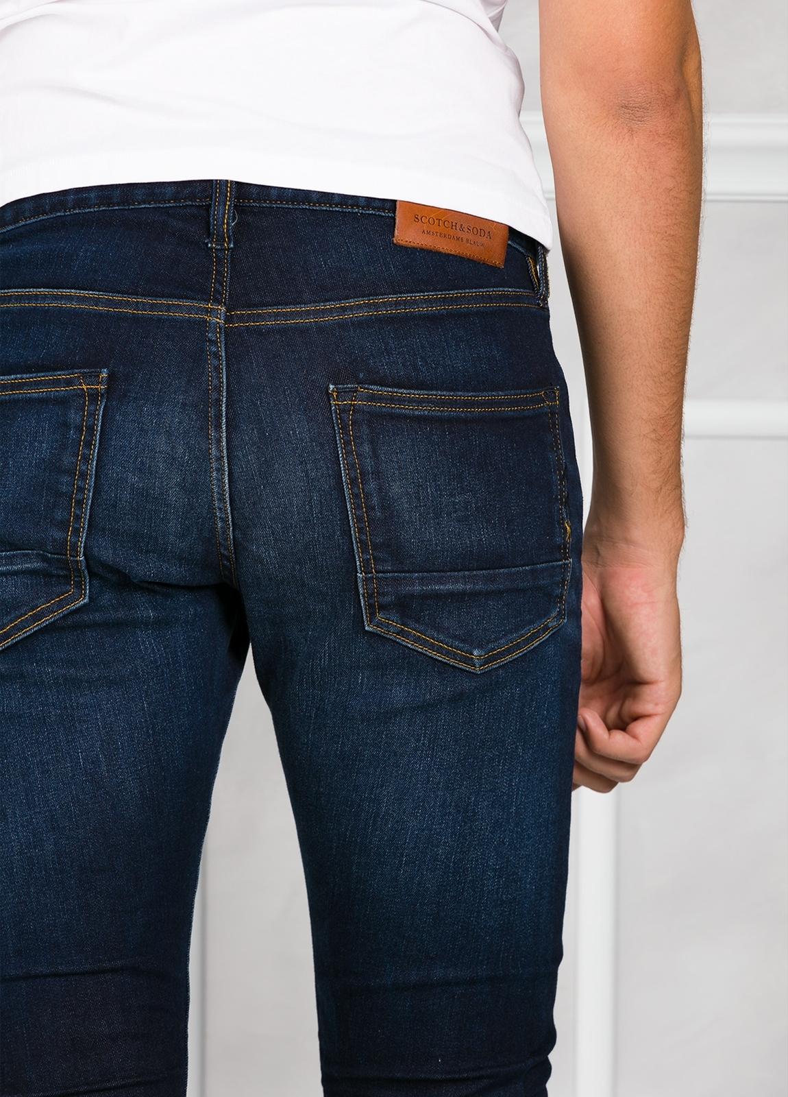 Pantalón tejano regular slim fit modelo RALSTON denim elástico color azul oscuro. 98% Algodón 2% Elastano. - Ítem2