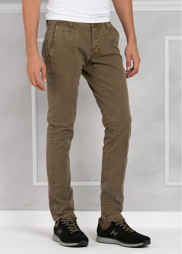 Pantalón 5 bolsillos modelo BRAD 01 color tostado. 97% Algodón 3% Elastán. - Ítem3