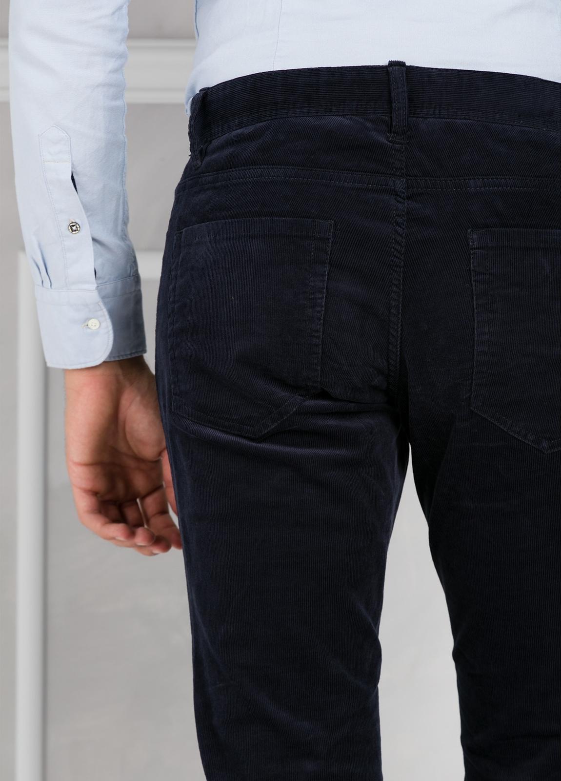 Pantalón 5 bolsillos micropana modelo FRED color azul marino. 98% Algodón 2% Elastano. - Ítem3