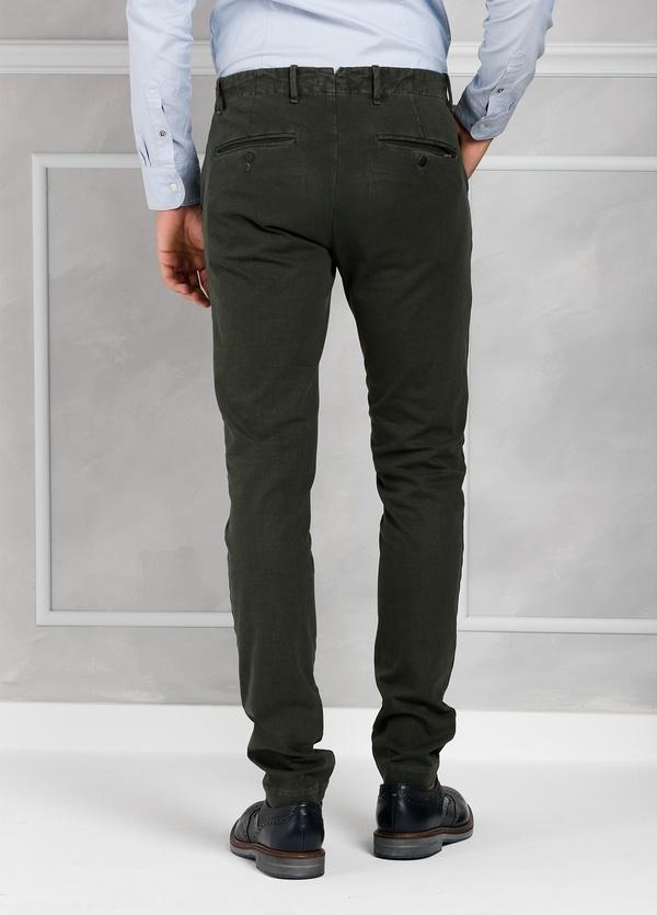 Pantalón sport Slim Fit con pliegues color marengo. 93% Algodón 7% Elastano. - Ítem2