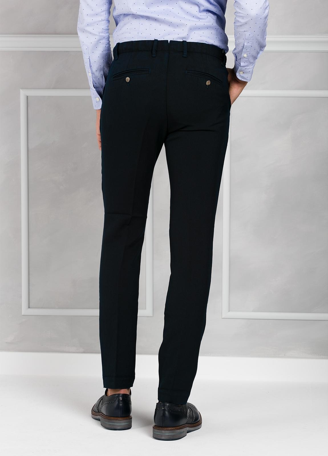 Pantalón sport Slim Fit con pliegues color azul marino. 100% Lana lavada. - Ítem1