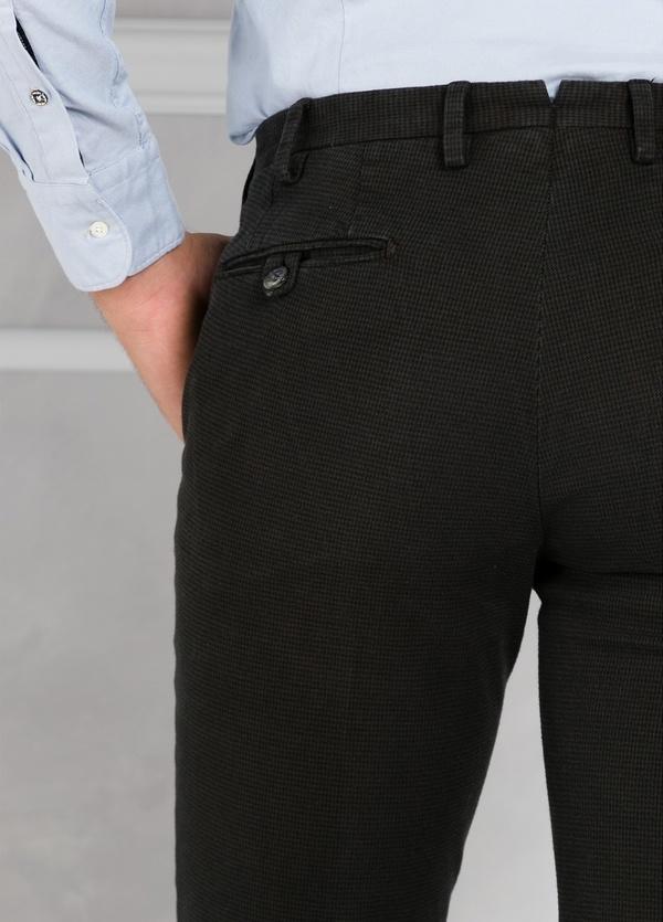 Pantalón sport pata de gallo slim fit color kaki. 98% Algodón 2% Elastano. - Ítem2